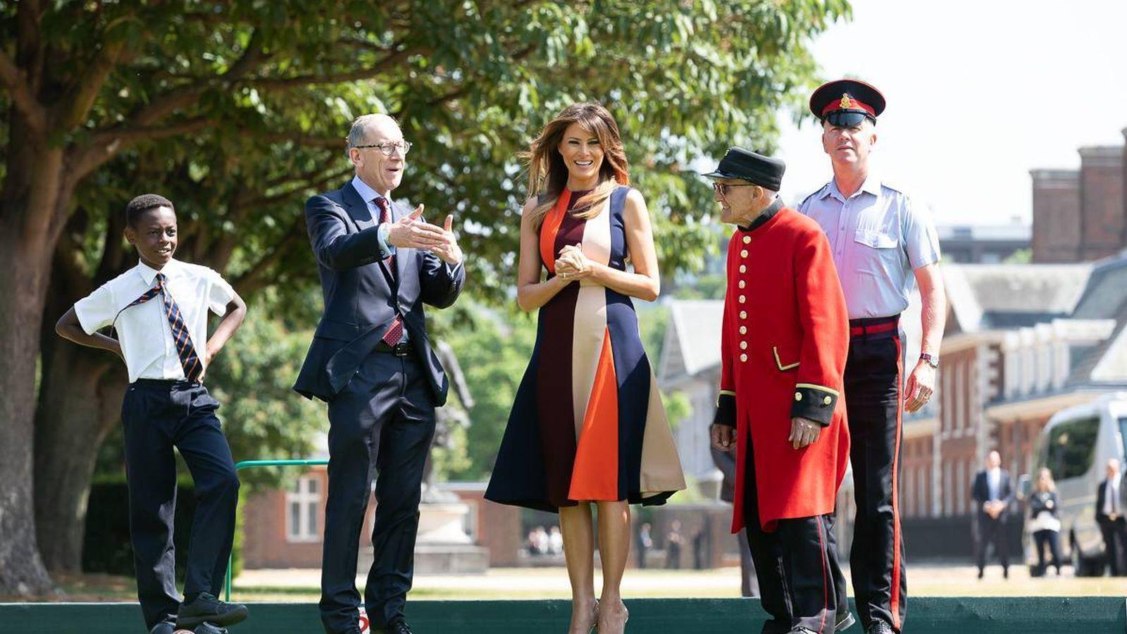 Foto: Melania Trump y su vestido de Victoria Beckham. (Cordon Press)