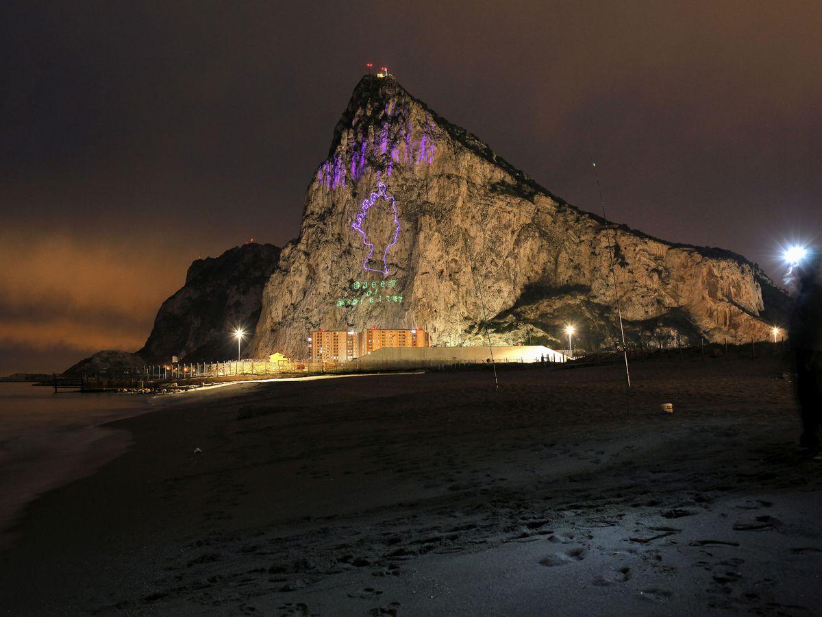 Foto: Vista de Gibraltar desde La Línea. (Reuters)