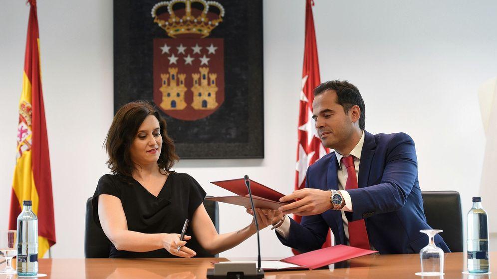 Foto: Isabel Díaz Ayuso junto a Ignacio Aguado. (EFE)