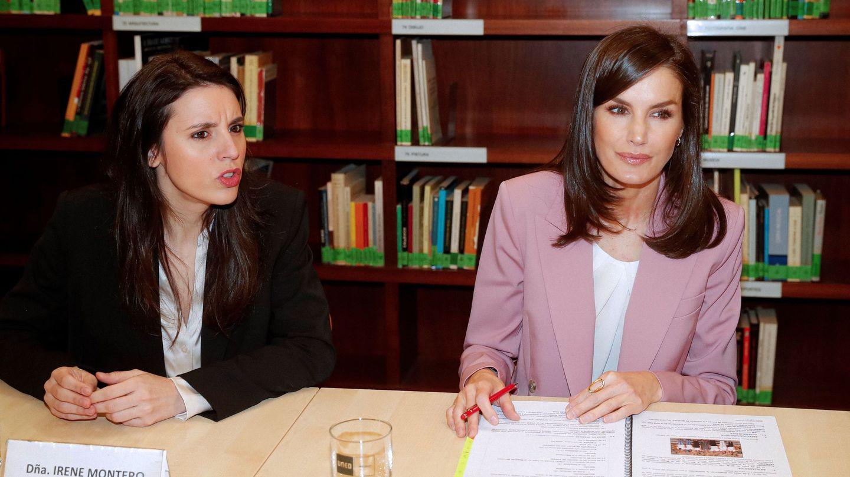 Irene Montero y la reina Letizia. (EFE)