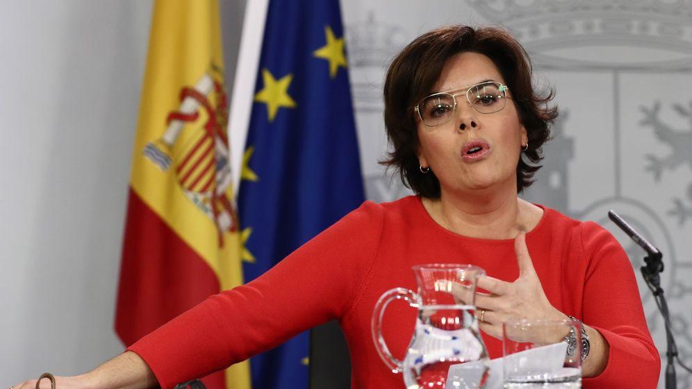 Foto: Rueda de prensa de Soraya Sáenz de Santamaría. (EFE)