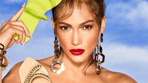 Las nuevas sandalias a todo color de Jennifer Lopez son puro verano