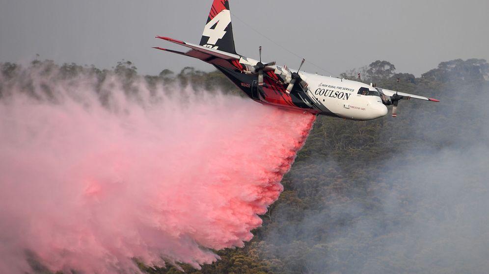 Foto: Imagen de archivo de uno de los aviones que participa en las labores de extinción de los incendios de Austrlia. (EFE)