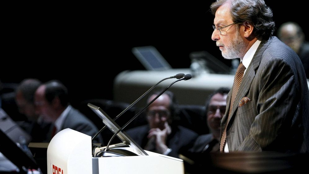 Foto: El consejero delegado del Grupo Prisa, Juan Luis Cebrián, en una junta general de accionistas. (EFE)