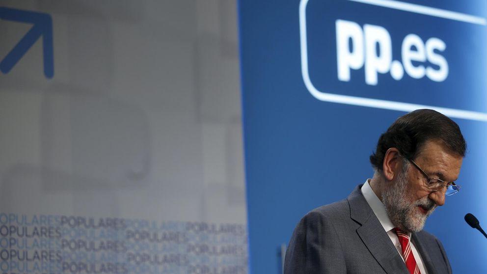 Los barones admiten un problema de marca pero no cargan contra Rajoy