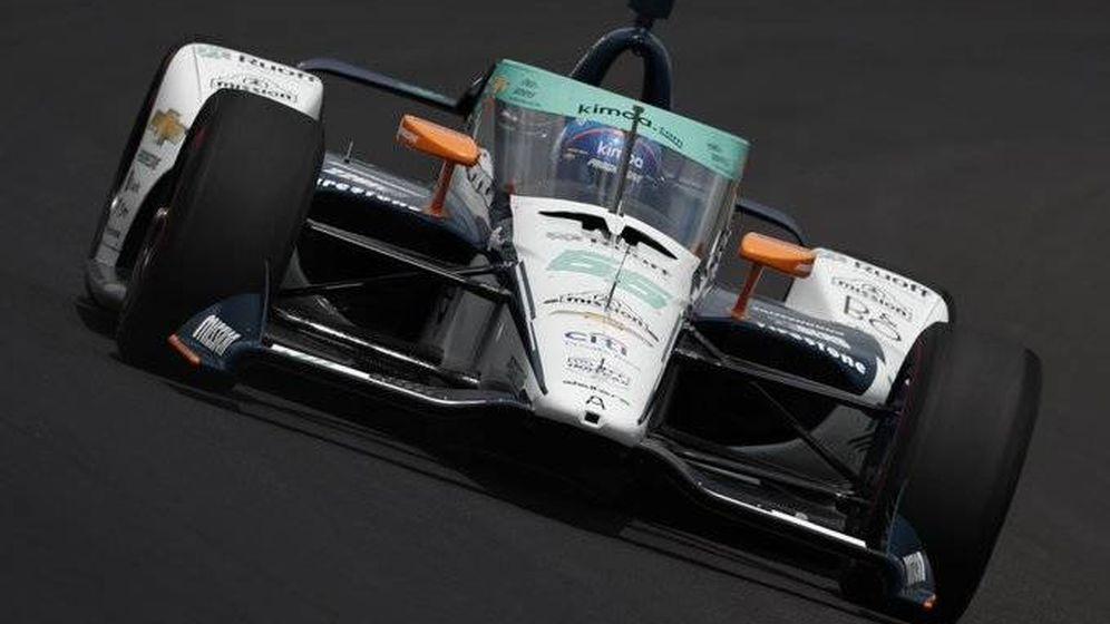 Foto: Fernando Alonso arrancó sus terceras 500 Millas de Indianápolis con buen ritmo