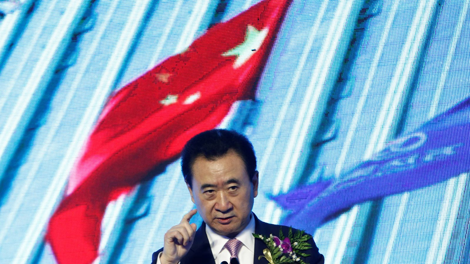 Foto: El propietario del Grupo Wanda, Wang Jianlin, durante la firma de un acuerdo con el Abbott World Marathon Majors, en Pekín. (Reuters)