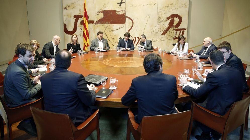 Foto: Primera reunión del Gobierno catalán. (EFE)