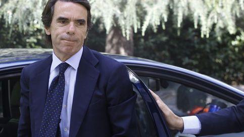 Aznar y la botella de Brad Pitt, estrellas en la gala marbell´í contra el cáncer