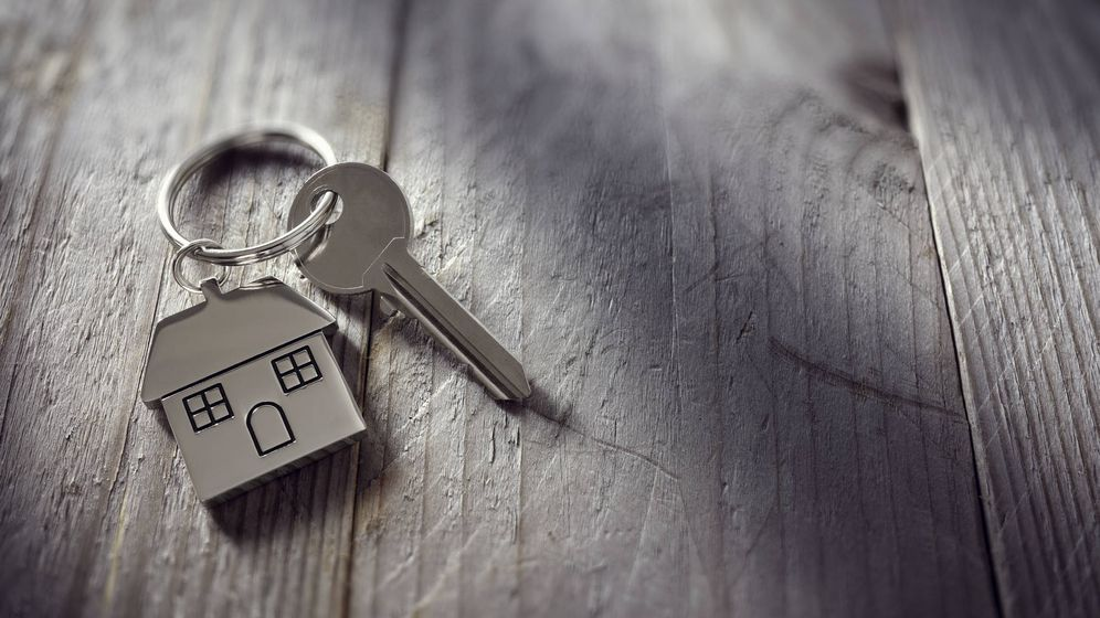 Foto: Si alquilo mi casa a mi ex, ¿debo hacer un contrato de alquiler? (iStock)