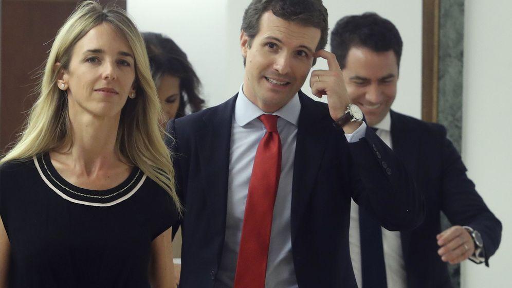 Foto: La diputada popular por Barcelona, Cayetana Álvarez de Toledo; el líder del PP, Pablo Casado, y su secretario general, Teodoro García Egea. (EFE)