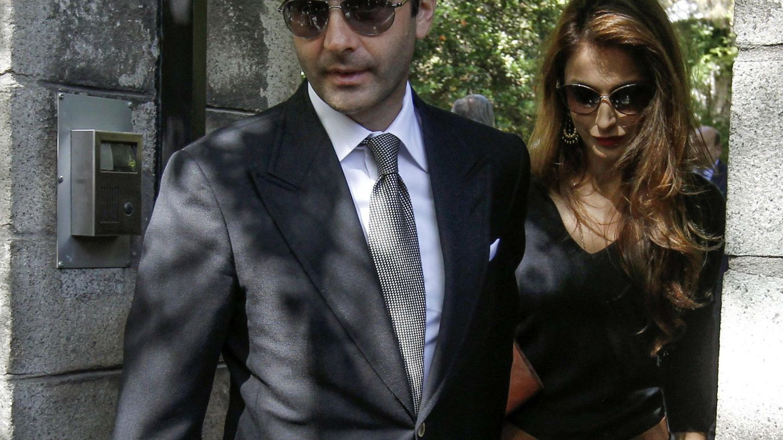Enrique Ponce y su esposa Paloma Cuevas, en una imagen de archivo. (EFE)