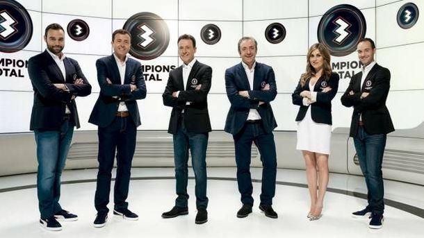 Foto: El equipo de 'Champions Total', de Antena 3. (EC)
