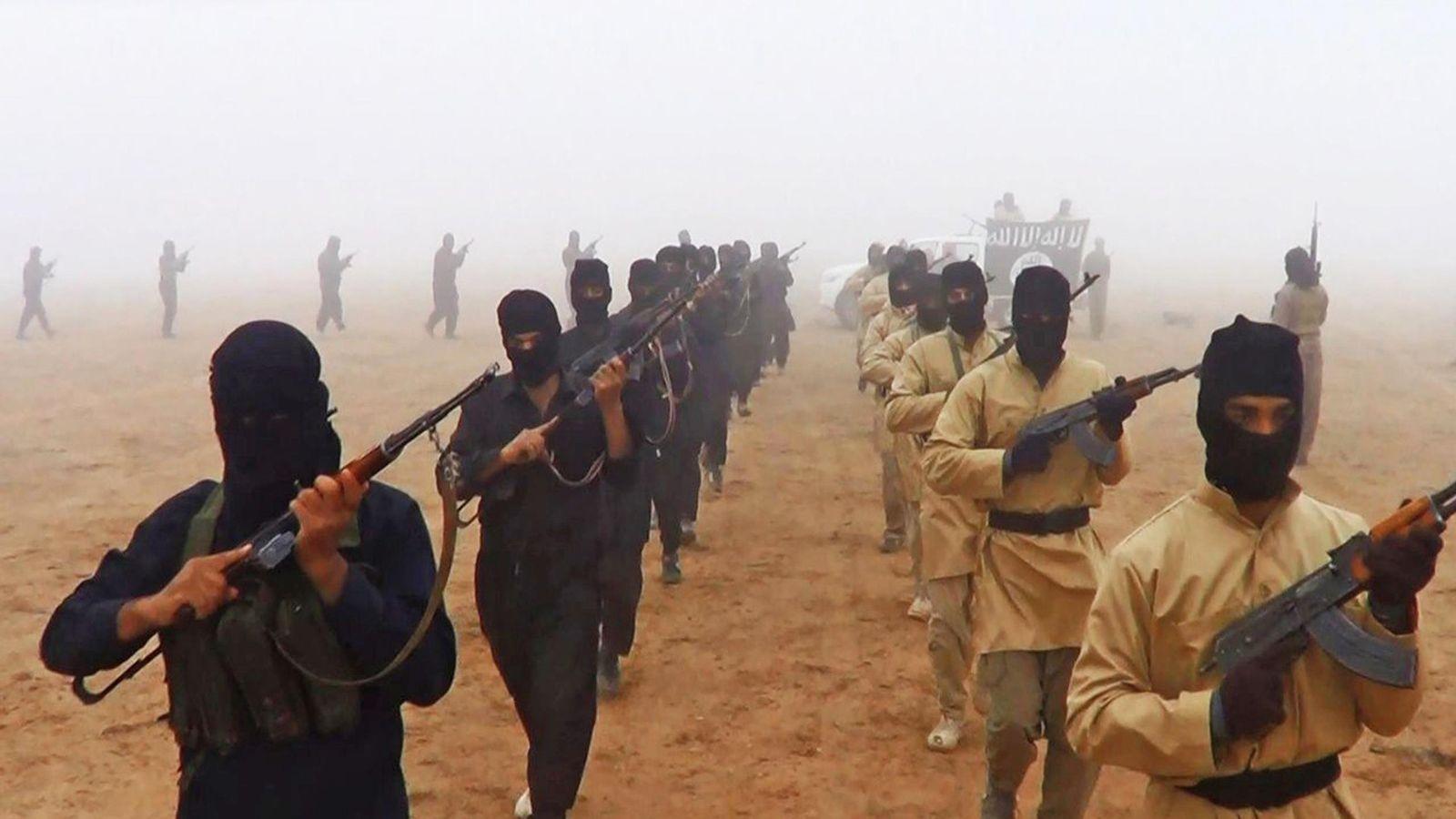 Foto: Miembros del ISIS durante un entrenamiento militar.