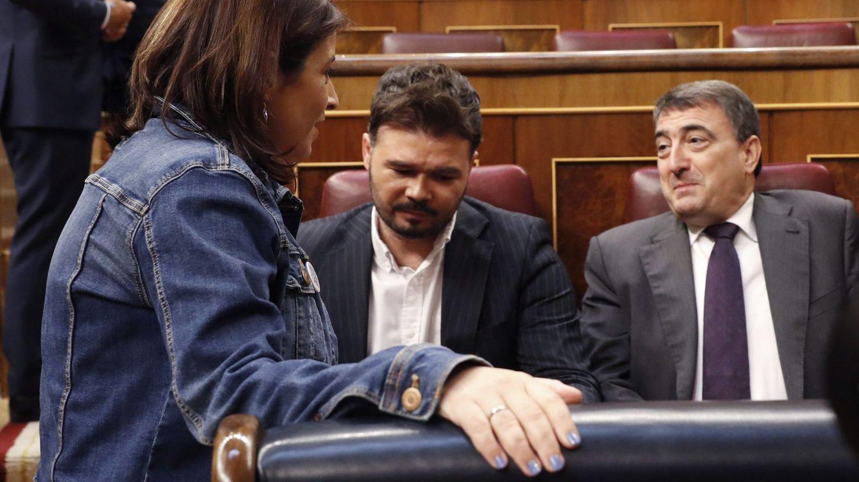 Sánchez presiona a los soberanistas: vincula al presupuesto las ayudas a la industria