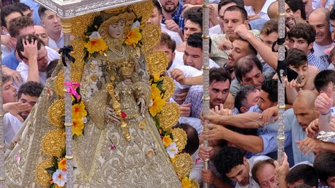 La Virgen del Rocío  vuelve a su ermita y siguen las protestas de pensionistas: el día en fotos