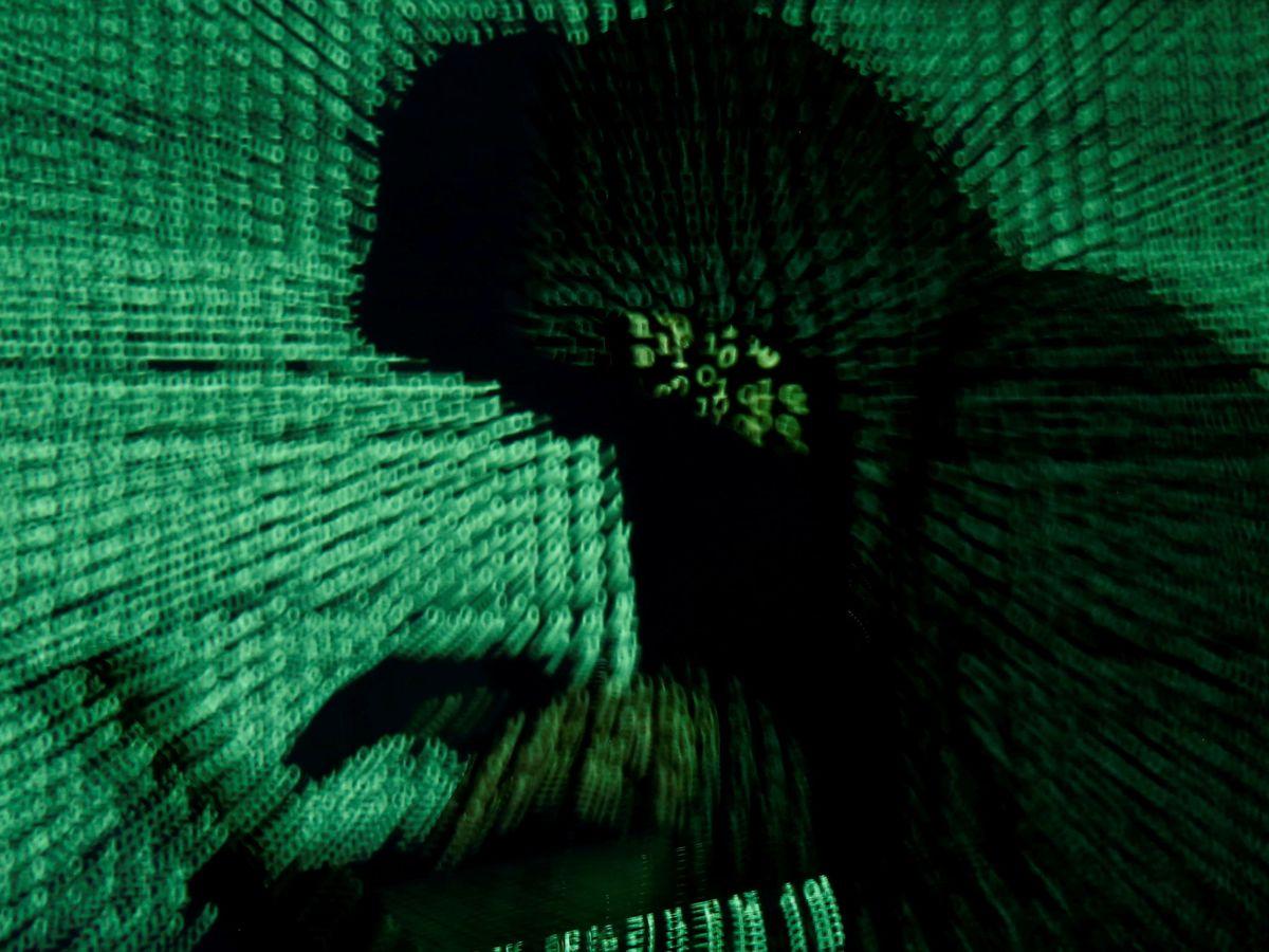 Foto: Las autoridades aún desconocen cómo accedieron los hackers al sistema (Reuters/Kacper Pempel)