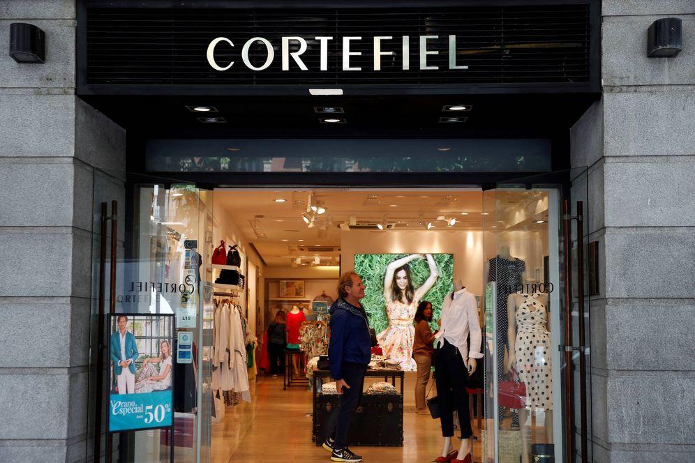 Foto: Cortefiel es una de las seis empresas que acogerá a un emprendedor en prácticas. (Reuters)
