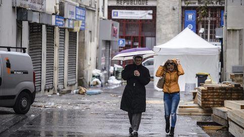 París se esfuerza por recuperar la calma con la semilla de la sospecha aún  viva