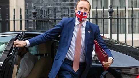 El ministro de Sanidad de Reino Unido dimite tras ser pillado con su amante