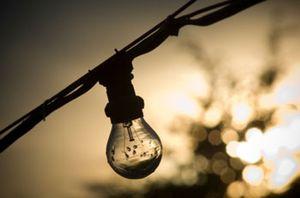 """""""Mi empresa está en concurso, ninguna eléctrica me ofrece un contrato y cada vez pagó más por la luz"""""""
