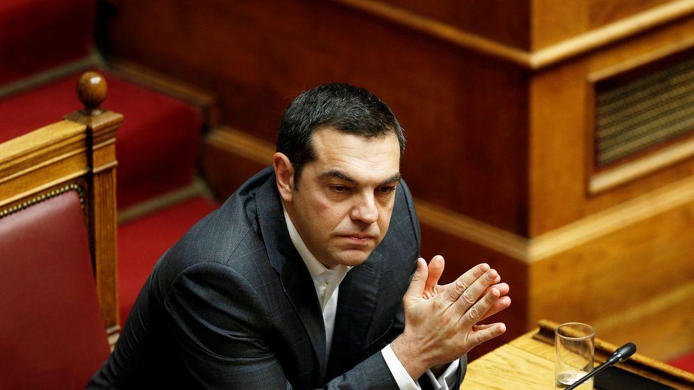 Foto: El primer ministro griego Alexis Tsipras durante la moción de confianza en su contra en el Parlamento griego, el 15 de enero de 2019. (Reuters)
