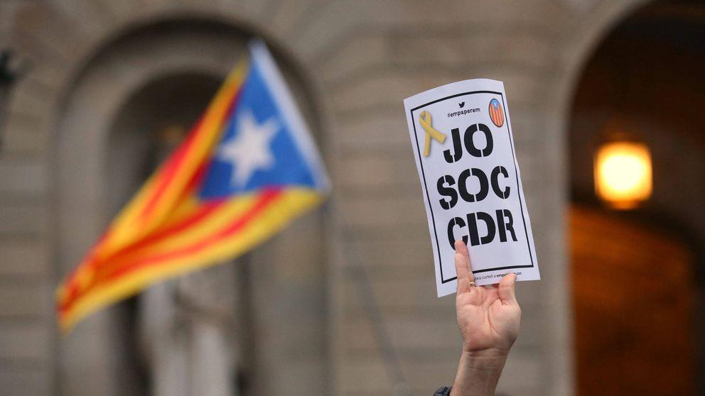 Los CDR okupan la alcaldía de Sabadell ante la indolencia de la Guardia Urbana