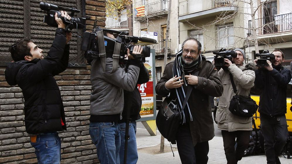 Foto: Antonio Baños, ayer, accediendo al Consejo PolÍtico de la CUP. (EFE)