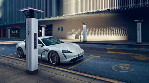 Las ventas de coches eléctricos no suben pese a las presiones de marcas y gobiernos