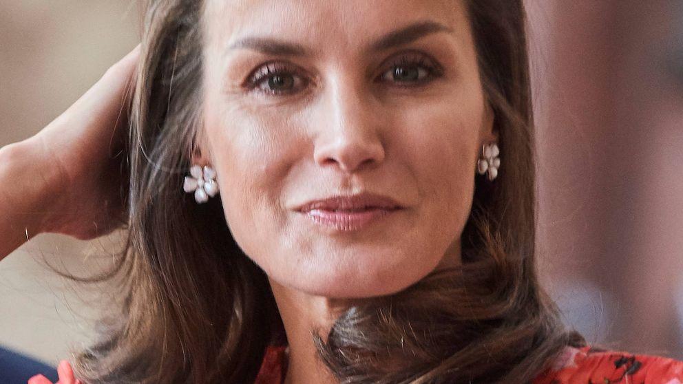 La reina Letizia recupera uno de nuestros looks favoritos del año pasado