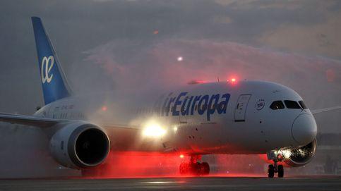 Los pilotos de Air Europa rechazan el recorte de los salarios en plena crisis