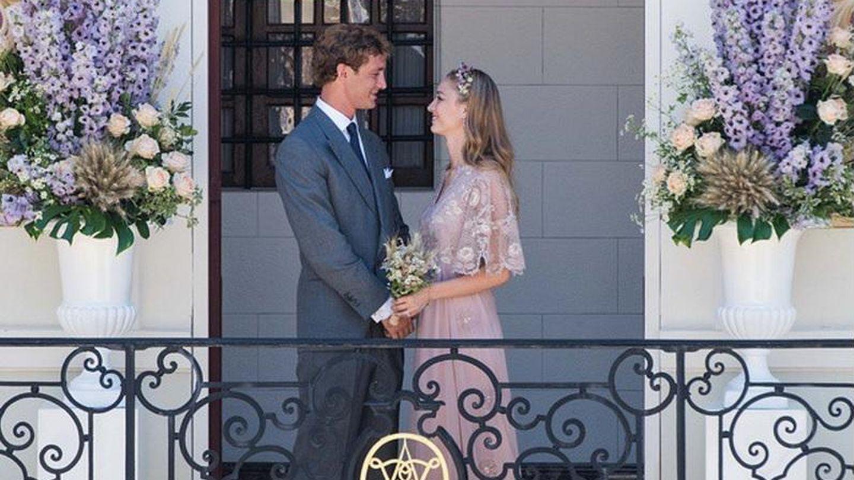 Primera imagen de la boda civil de Pierre Casiraghi y Beatrice Borromeo.  (Instagram)