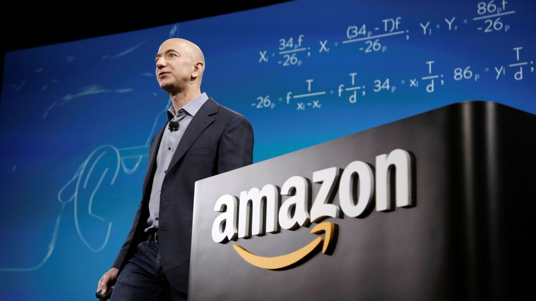Jeff Bezos, en un acto de Amazon. (Reuters)