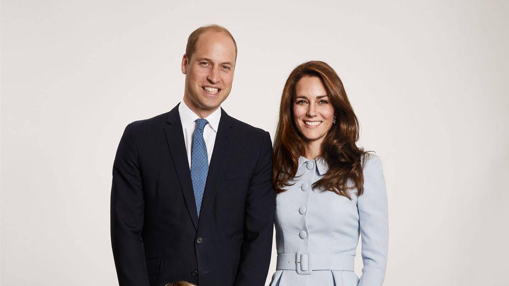 Foto: El príncipe George y la princesa Charlotte en la felicitación navideña. (Gtres)