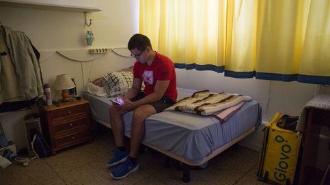 Parroquias y seminarios convertidos en refugios: En marzo tenía un buen empleo