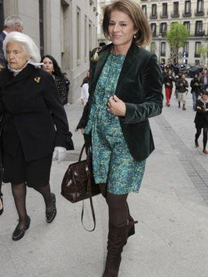 Ana Botella cambia el coche oficial por el transporte público