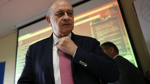 El fiscal no ve indicios para investigar a Fernández Díaz por conspirar con De Alfonso