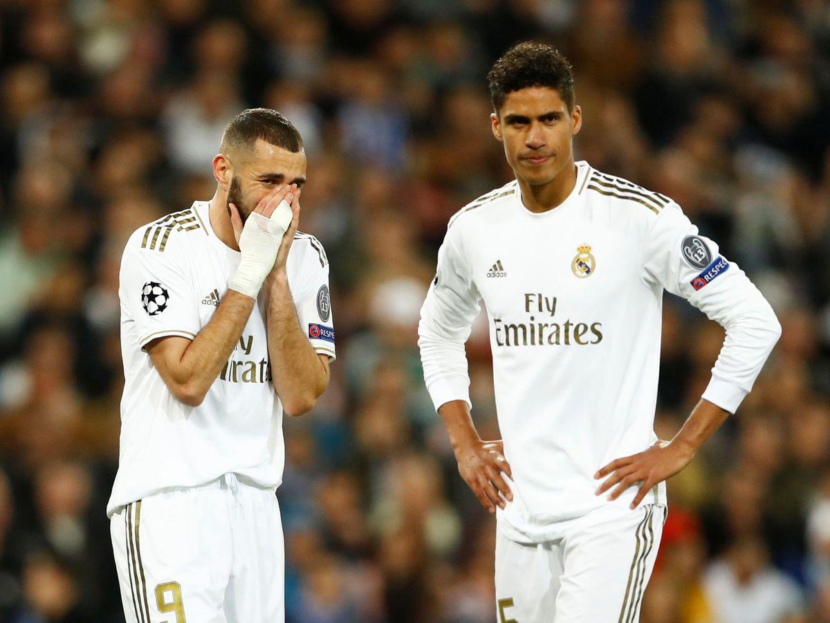 Foto: Karim Benzema (i) y Raphaël Varane, durante el Real Madrid-Manchester City de Champions League. (Reuters)