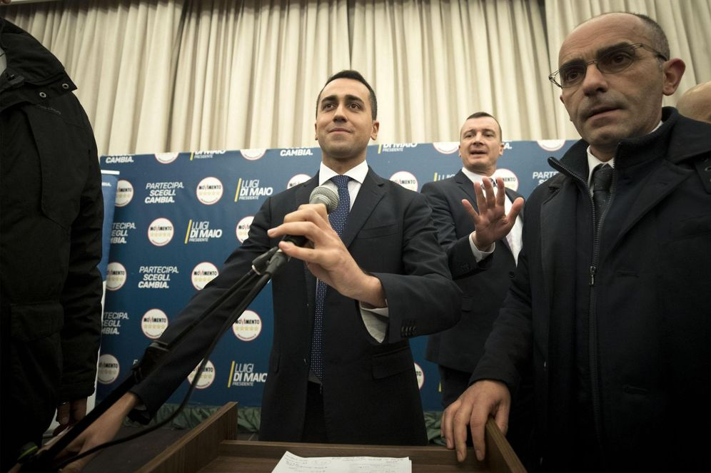 Foto: El candidato a las elecciones generales de Italia por el Movimiento Cinco Estrellas (M5S), Luigi Di Maio, ofrece una rueda de prensa en Roma. (EFE)