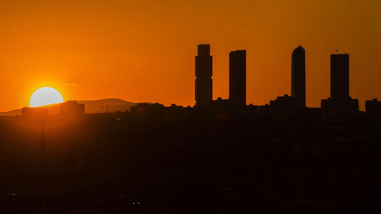 Foto: Las Cuatro Torres de la Castellana, en Madrid. (EFE)