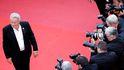 Alain Delon, reconciliación con su hijo más conflictivo y una demanda de paternidad