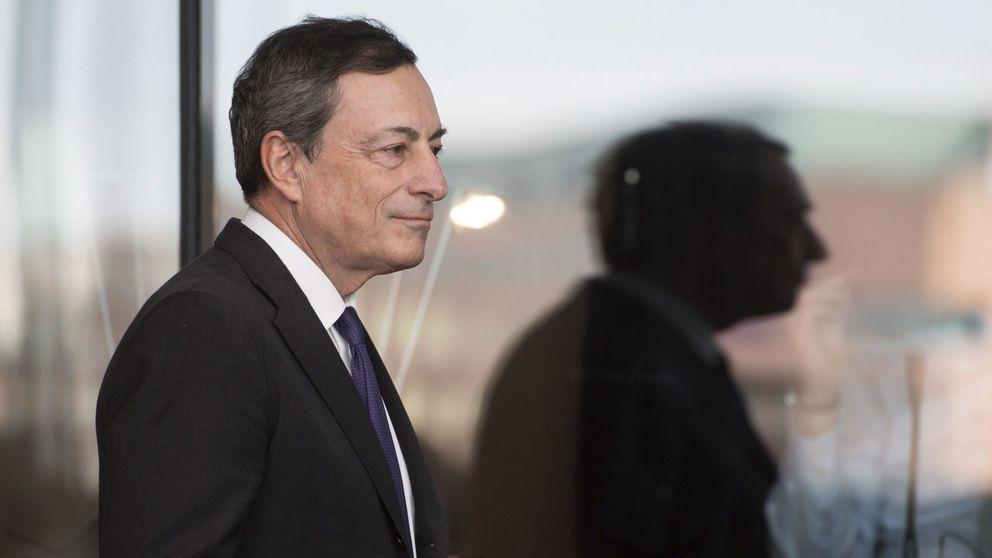 Banca y resto de inversores venden deuda pública que pasa a manos del BdE por el QE