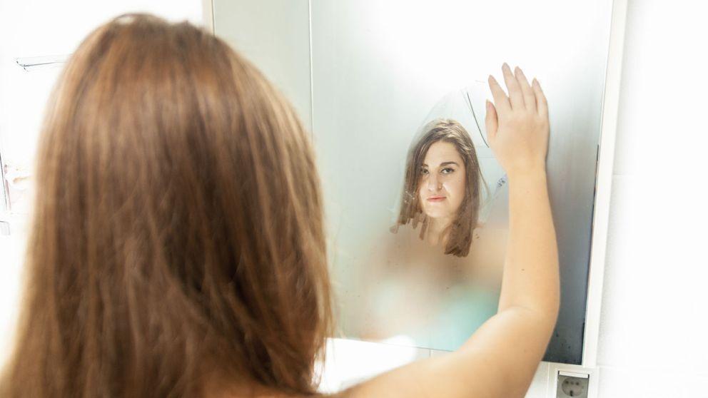 Esto es lo primero que debes hacer al salir de la ducha (y no es secarte)