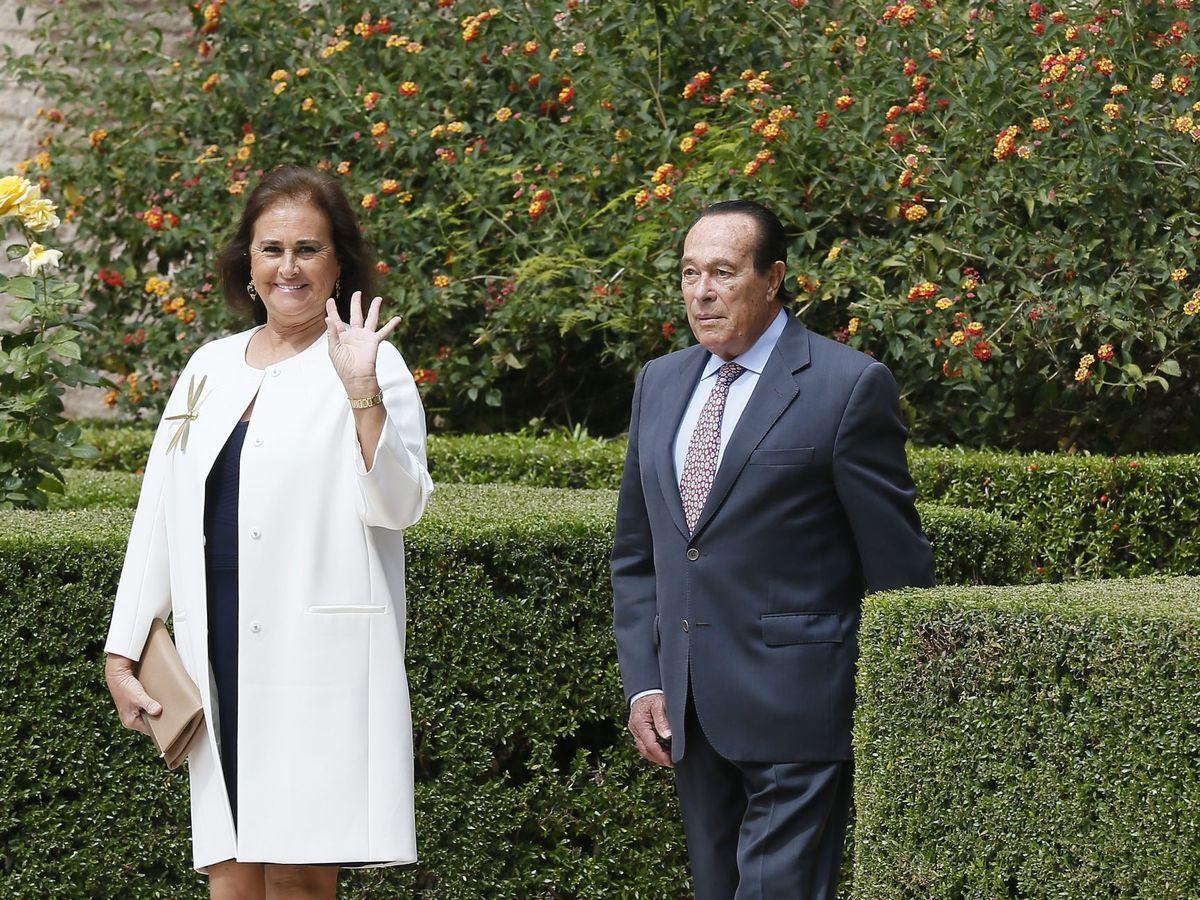Foto: Curro Romero y su esposa, Carmen Tello. (EFE)