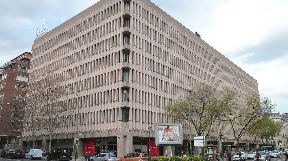Foto: Edificio Beatriz en Madrid. (Luis García, Wikipedia)
