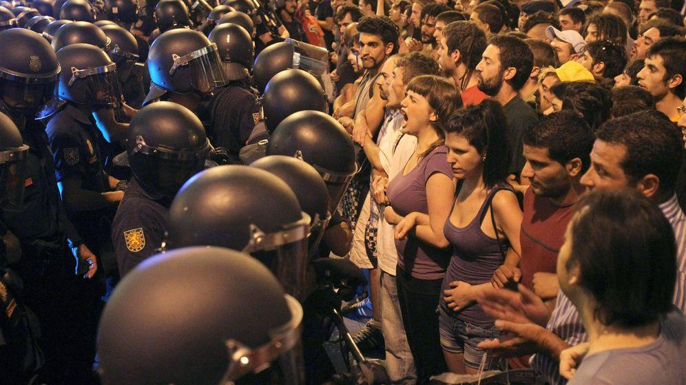 Foto: Indignados en la Puerta del Sol el 3 de agosto de 2011. (EFE)