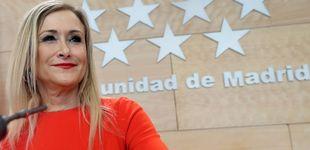 Post de Cifuentes hizo un máster en la universidad de Puigdemont