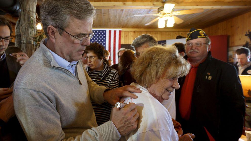 Bush gastó 2.800 dólares por cada voto de Iowa; Trump, menos de 250