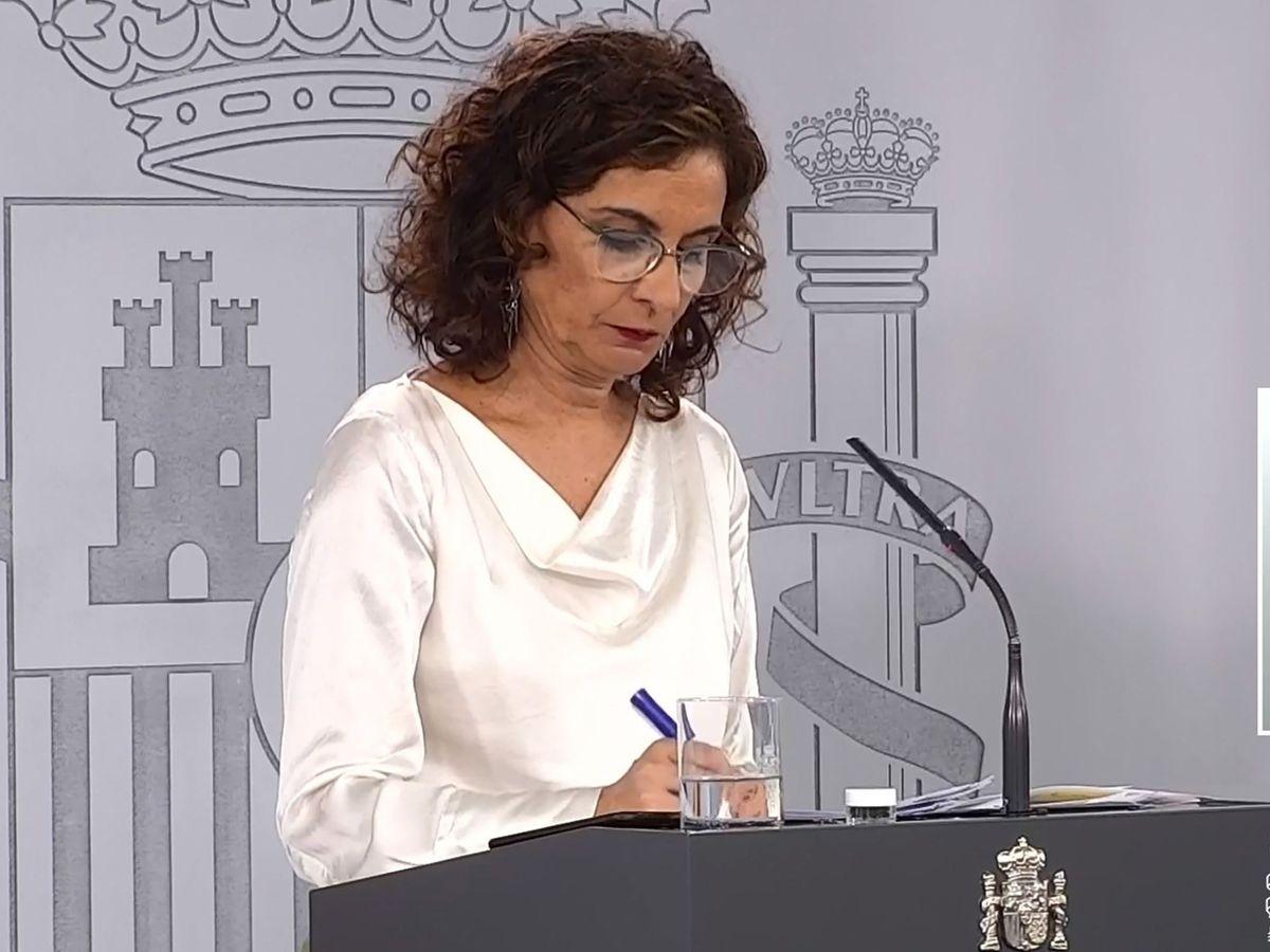 Foto: María Jesús Montero, durante una rueda de prensa tras el Consejo de Ministros. (EFE)