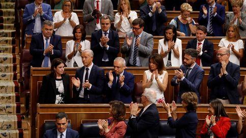 Sánchez ordena actividad a ministros y PSOE para evitar la imagen de parálisis